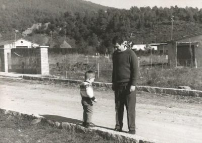 1969: With Albert, almost two years old, in Cànoves