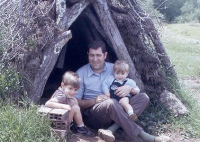 1971: We built a hut!